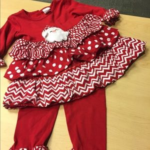 YOUNGLAND SZ 4T CHRISTMAS OUTFIT